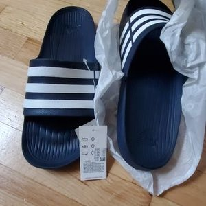 NEW IN BOX DURANGO SLIDES ADIDAS SIZE 11